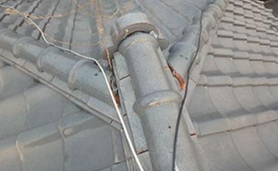 劣化した屋根1