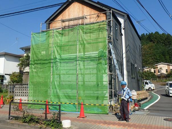外壁の工事の様子